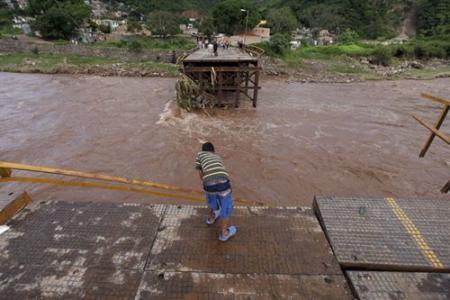 la-tormenta-nicole-ha-generado-severas-inundaciones.jpg